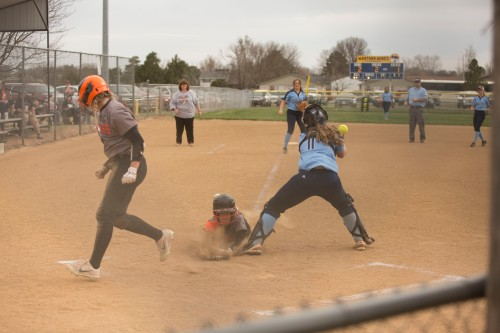 CHS.vs.SCCH.softball_0129